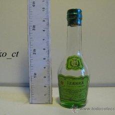Coleccionismo de vinos y licores: BOTELLITA BOTELLIN LICOR VIEILLE IZARRA LICOR DE LOS PIRINEOS. Lote 37859967