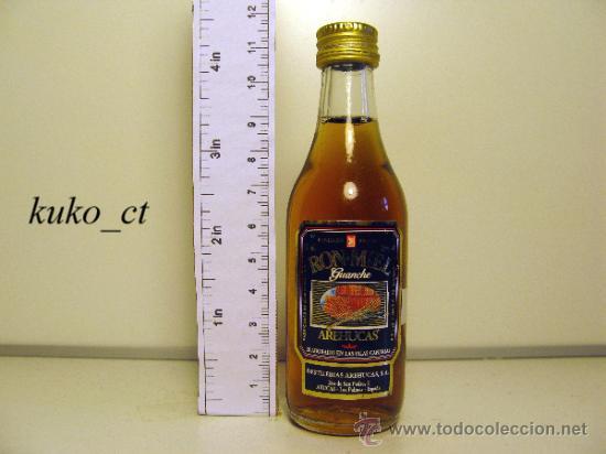 BOTELLITA BOTELLIN RON MIEL AREHUCAS DESTILERIAS AREHUCAS CANARIAS (Coleccionismo - Botellas y Bebidas - Vinos, Licores y Aguardientes)
