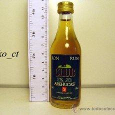 Coleccionismo de vinos y licores: BOTELLITA BOTELLIN RON CLUB AREHUCAS DESTILERIAS AREHUCAS CANARIAS. Lote 38013287