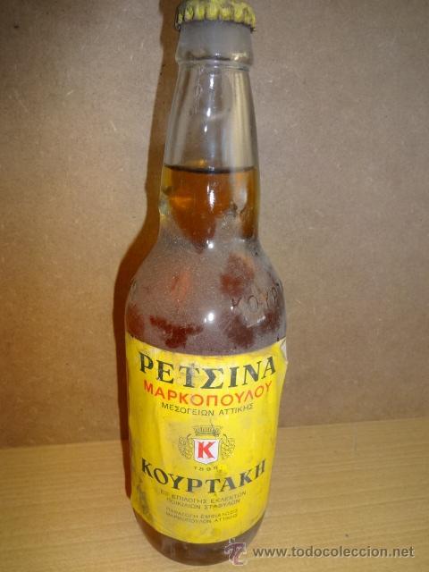 BOTELLA DE VINO GRIEGO DE COLECCIÓN. RETSINA. COURTAKIS. SIN ABRIR. (Coleccionismo - Botellas y Bebidas - Vinos, Licores y Aguardientes)