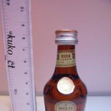 Coleccionismo de vinos y licores: BOTELLITA BOTELLIN LICOR BENEDICTINE DOM FECAMP FRANCIA. Lote 40748578