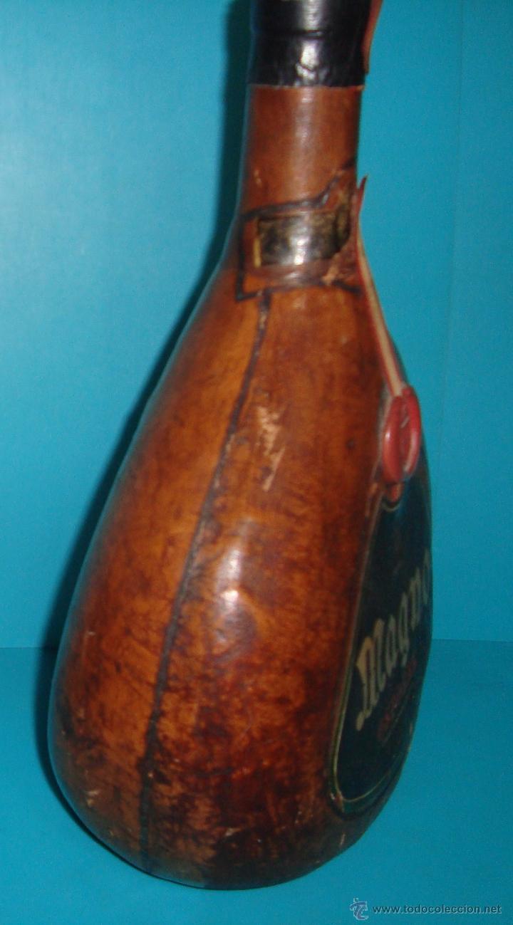 Coleccionismo de vinos y licores: BOTELLA MAGNO DE OSBORNE FORRADA EN CUERO - Foto 5 - 41058084