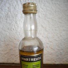 Coleccionismo de vinos y licores: BOTELLIN DE CHARTREUSE TARRAGONA.. Lote 42609969