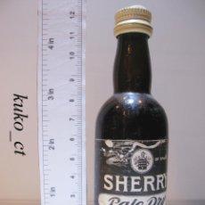 Coleccionismo de vinos y licores: BOTELLITA BOTELLIN SHERRY PALE DRY JOSE BUSTAMANTE JEREZ ESPAÑA. Lote 43497684