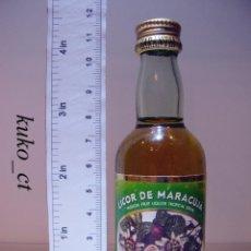 Coleccionismo de vinos y licores: BOTELLITA BOTELLIN LICOR DE MARACUJA J. FARIA & FILHOS LDA PORTUGAL. Lote 43801404