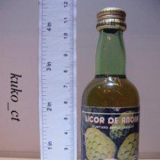 Coleccionismo de vinos y licores: BOTELLITA BOTELLIN LICOR DE ANONA J. FARIA & FILHOS LDA PORTUGAL. Lote 43801442