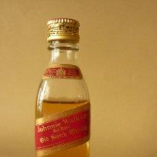 Coleccionismo de vinos y licores: ANTIGUO BOTELLIN - JOHNNIE WALKER - RED LABEL.. Lote 43995628