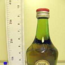 Coleccionismo de vinos y licores: BOTELLITA BOTELLIN LICOR BENEDICTINE DOM FRANCIA. Lote 44254264