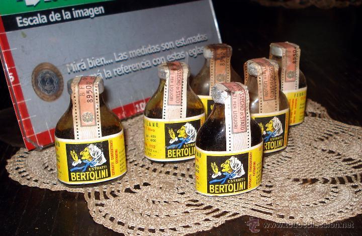 ANTIGUAS 4 BOTELLAS FERNET BERTOLINI STRATTI - ITALIA AÑO 50 - ETIQUETAS ORIGINALES 1 LITRO (Coleccionismo - Botellas y Bebidas - Vinos, Licores y Aguardientes)