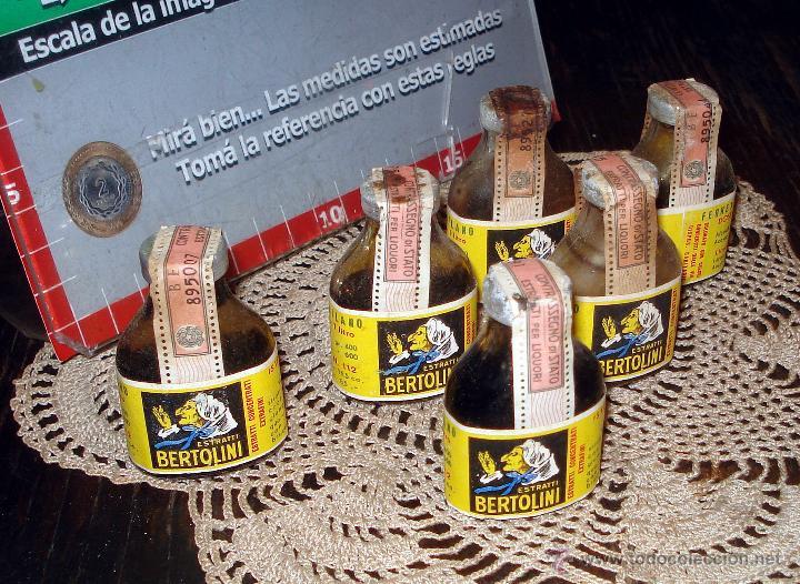 Coleccionismo de vinos y licores: Antiguas 4 botellas fernet bertolini stratti - italia año 50 - etiquetas originales 1 litro - Foto 4 - 45089964
