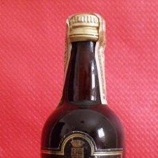Coleccionismo de vinos y licores: BOTELLA MINIATURA OSBORNE CREAM. Lote 45110420