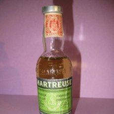 Coleccionismo de vinos y licores: ANTIGUA BOTELLA SIN ABRIR DE * CHARTREUSE* DE TARRAGONA.. Lote 47322408
