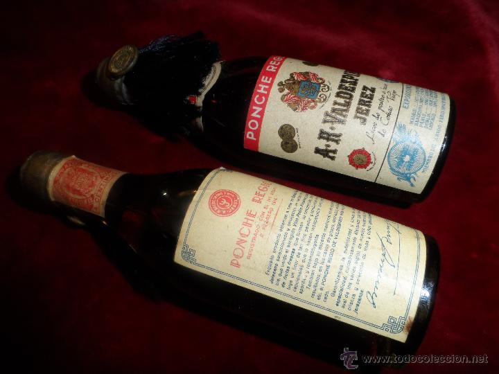 Coleccionismo de vinos y licores: PAR DE BOTELLINES DE PONCHE REGIO -A.R.VALDESPINO JEREZ- AÑO 1914 - Foto 2 - 47856162