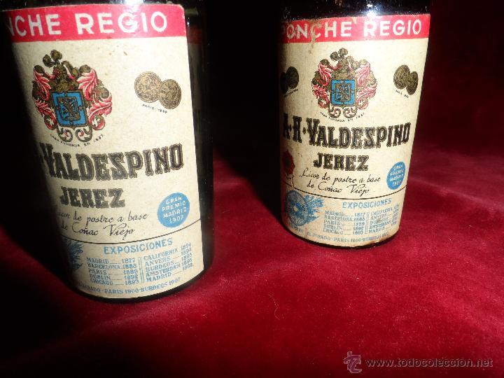 Coleccionismo de vinos y licores: PAR DE BOTELLINES DE PONCHE REGIO -A.R.VALDESPINO JEREZ- AÑO 1914 - Foto 5 - 47856162