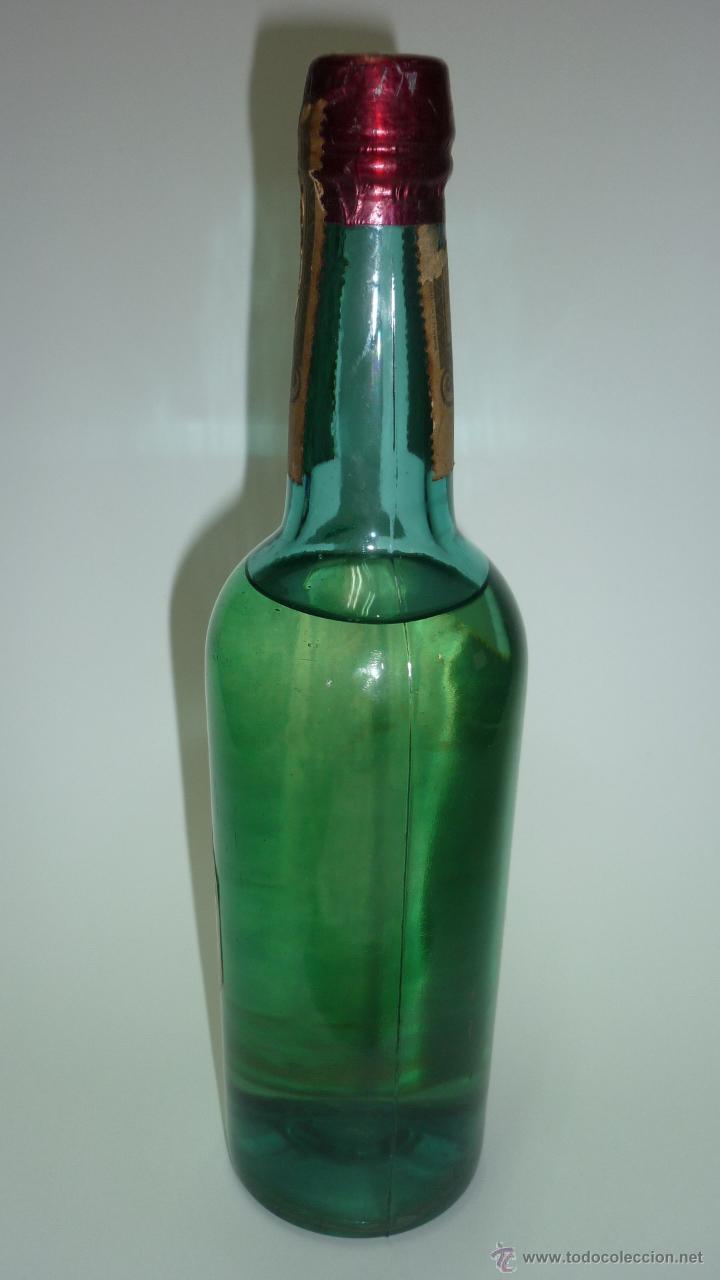 Coleccionismo de vinos y licores: ANIS MALLORCA. Antigua botella. Precinto antiguo. Tapon de corcho. 25 cmts. altura. - Foto 2 - 48551475