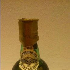 Coleccionismo de vinos y licores: BOTELLIN DE VINHO DO PORTO SANTA MARIA DE PENAGUIAO. Lote 48635489