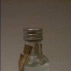 Coleccionismo de vinos y licores: MINIATURA DE VODKA ABSOLUT . Lote 48744909