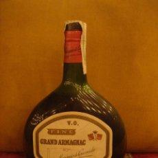 """Coleccionismo de vinos y licores: GRAND ARMAGNAC """"MARQUIS DE CAUSSADE"""" FINE V. O. LLENA Y SIN ABRIR. TAPÓN CORCHO. C1980. Lote 48996803"""