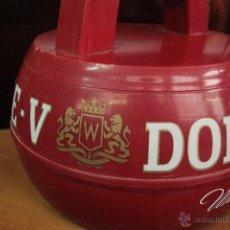 Coleccionismo de vinos y licores: CUBITERA WHISKY DOBLE V , ROJA -REF3500- . Lote 49182517