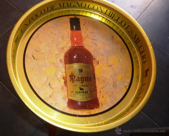 BANDEJA METALICA METAL MAGNO COGNAC DE OSBORNE . 34 / 4 CM REVERSO EL TORO (Coleccionismo - Botellas y Bebidas - Vinos, Licores y Aguardientes)