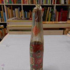 Coleccionismo de vinos y licores: BOTELLA ZUECO. DESTILERIAS LA RIOJANA. LOGROÑO. . Lote 49364834