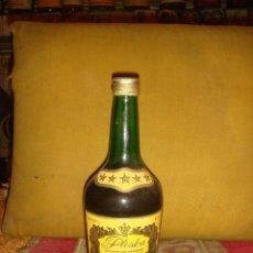 Coleccionismo de vinos y licores: ANTIGUA BOTELLA BRANDY PLISKA CINCO ESTRELLAS. LLENA Y SIN ABRIR. TAPÓN ROSCA. 50CL. BULGARIA. C1980. Lote 49538267