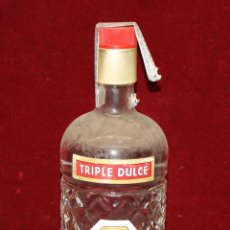 Coleccionismo de vinos y licores: ANTIGUA BOTELLA DE ANIS MAS (TRIPLE DULCE) DE DESTILERIAS LA VALLESANA (PALAU DE PLEGAMANS). Lote 49616360