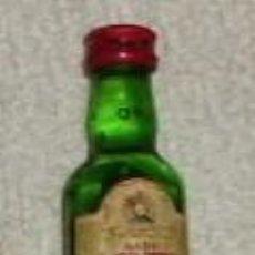Coleccionismo de vinos y licores: BOTELLIN WHISKY J&B. JUSTERINI & BROOKS. LONDON RF-4458. Lote 50419843