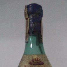 Coleccionismo de vinos y licores: BOTELLA SOBERANO BRANDY AÑEJO. GONZÁLEZ BYASS. PLOMO Y CORCHO.. Lote 50542841