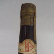 Coleccionismo de vinos y licores: BOTELLA DE MOSCATEL DE FRUTA LAURA. BODEGAS ANTONIO BARBADILLO. SANLUCAR DE BARRAMEDA.. Lote 50697965