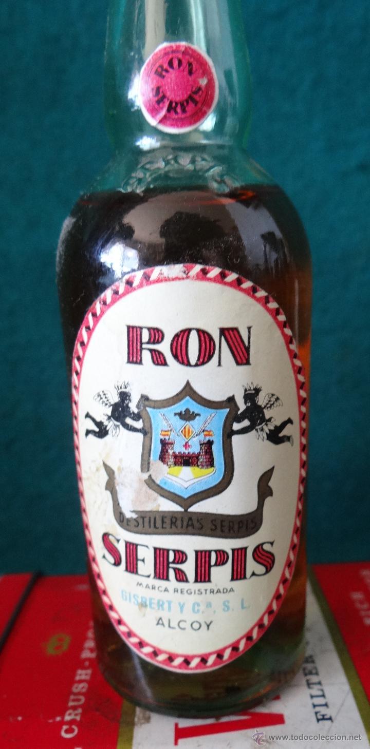 Coleccionismo de vinos y licores: BOTELLIN. RON SERPIS. GISBERT. ALCOY - Foto 2 - 50726680