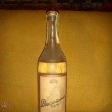 Coleccionismo de vinos y licores: ANTIGUA BOTELLA VODKA ORIGINAL RUSO. PRODUCE OF USSR. SIN ABRIR. ROSCA. PREC. DE IMPORTACIÓN. C1960. Lote 52996446