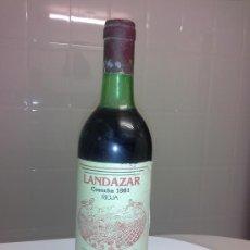 Coleccionismo de vinos y licores: BOTELLA ANTIGUA VIEJA DE VINO LANDAZAR AÑO 1981 RIOJA ALTA FUENTEMAYOR . Lote 53291444