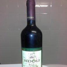 Coleccionismo de vinos y licores: ANTIGUA BOTELLA DE VINO ITALIANO ITALIA BIDOLI DEL FRIULI MERLOT AÑO 1998. Lote 53291462