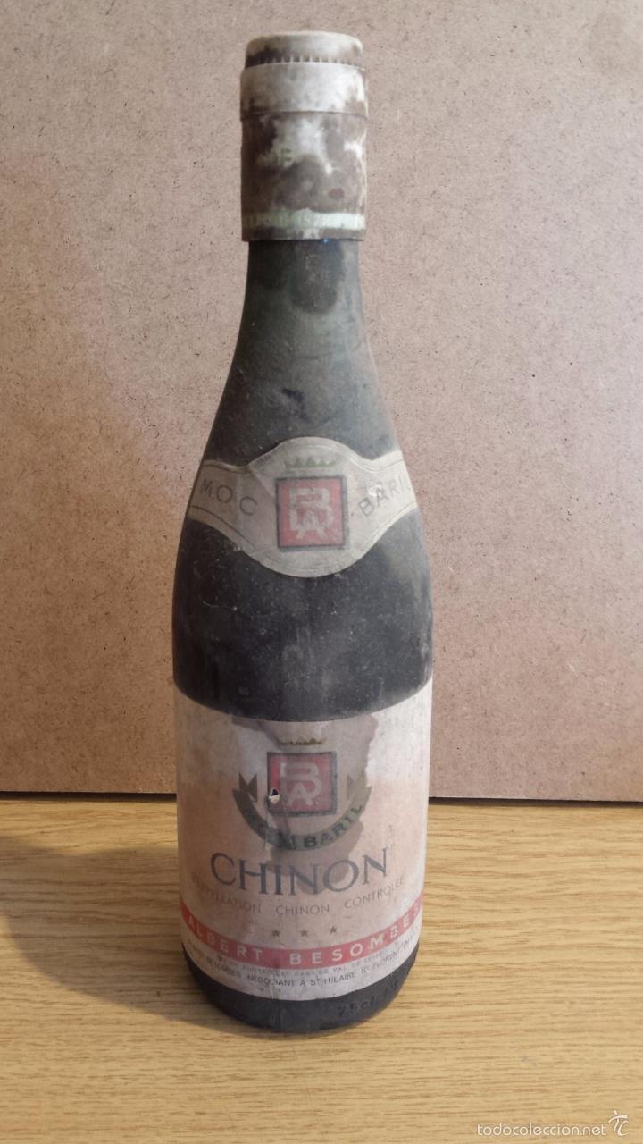 BOTELLA DE VINO FRANCÉS-CHINON- ALBERT BESOMBES / VAL DE LOIRE. /SIN ABRIR / AÑOS '70 / LEER. (Coleccionismo - Botellas y Bebidas - Vinos, Licores y Aguardientes)