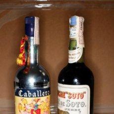 Coleccionismo de vinos y licores: LOTE 2 BOTELLAS DE PONCHE COLECCION -1 PONCHE CABALLERO-1 PONCHE SOTO,ENTERAS IMPUESTOS DE 4 PESETAS. Lote 56001363