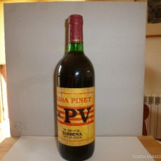 Coleccionismo de vinos y licores: BOTELLA PUBLICIDAD POLITICA AÑOS 70 PAIS VALENCIA PARTIDO COMUNISTA CASA PINET SOBRE SENYERA FOTOS. Lote 56027170