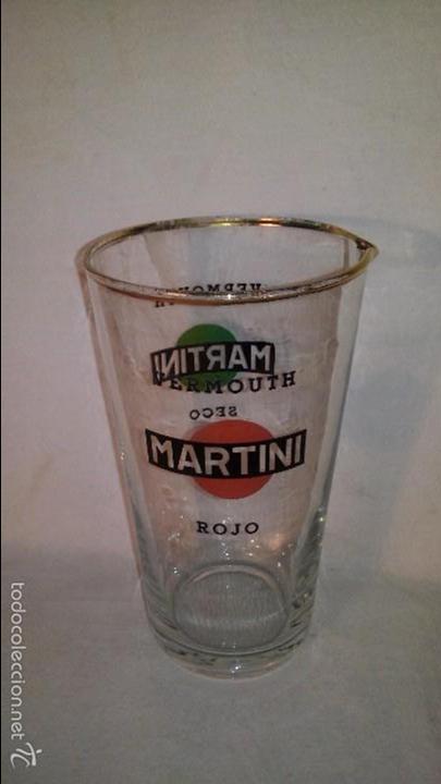 ANTIGUO VASO COCKTAIL PUBLICIDAD BEBIDA MARTINI VERMOUTH AÑOS 60 MED. 15.50X9 CMTS. IMPECABLE (Coleccionismo - Botellas y Bebidas - Vinos, Licores y Aguardientes)