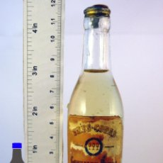 Coleccionismo de vinos y licores: BOTELLITA BOTELLIN BRANDY TRES COPAS GONZALEZ BYASS JEREZ. Lote 56905216