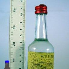 Coleccionismo de vinos y licores: BOTELLITA BOTELLIN EAU DE VIE DE POIRE WILLIAMS DU VALAIS. Lote 56984907