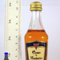 Coleccionismo de vinos y licores: BOTELLITA BOTELLIN CREMA DE MANDARINA COCAL DESTILERIAS COCAL TELDE ISLAS CANARIAS. Lote 56984915