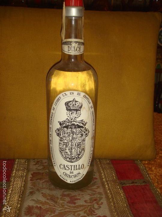 """ANTIGUA BOTELLA""""ANIS CASTILLO DE CHINCHON DULCE"""". LLENA Y SIN ABRIR.ROSCA. PRECINTO 4PTS. 1L.C1970 (Coleccionismo - Botellas y Bebidas - Vinos, Licores y Aguardientes)"""