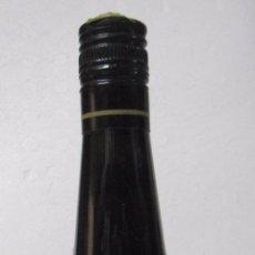 Coleccionismo de vinos y licores: BOTELLA DE JEREZ DULCE PEDRO XIMENEZ. VIÑA 25. PEDRO DOMECQ. JEREZ DE LA FRONTERA. . Lote 57524364