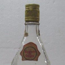 Coleccionismo de vinos y licores: BOTELLA DE HUIPIL MEZCAL. CON GUSANO. HECHO EN MEXICO. MEZCAL MITLA. OAXACA. 3/4 LLENADO. . Lote 57579955