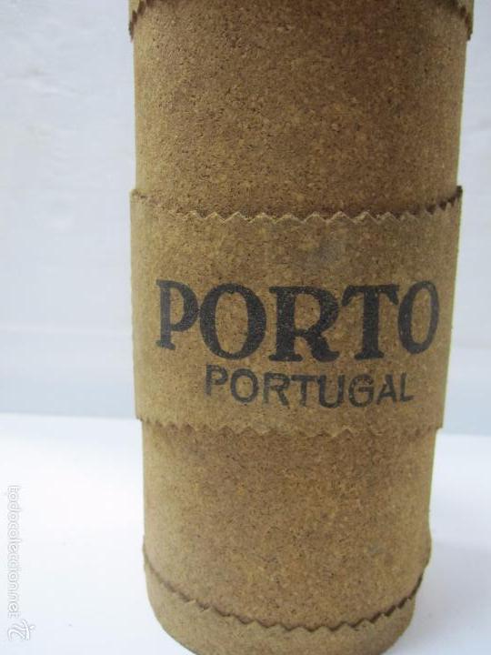 botella de vino porto portugal. cubierta de cor - Comprar ...