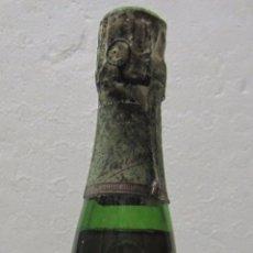 Coleccionismo de vinos y licores: BOTELLA DE CHAMPAGNE LANSON. BRUT. REIMS FRANCE. RED LABEL. 1971. FRANCIA. 32 CM DE ALTO.. Lote 57997202