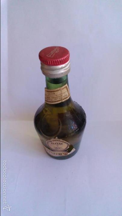 BOTELLIN LICOR BENEDICTINE DOM. (Coleccionismo - Botellas y Bebidas - Vinos, Licores y Aguardientes)