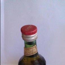 Coleccionismo de vinos y licores: BOTELLIN LICOR BENEDICTINE DOM.. Lote 58204950