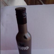 Coleccionismo de vinos y licores: BOTELLIN TORO. OSBORNE.. Lote 58398179