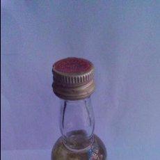 Coleccionismo de vinos y licores: BOTELLIN LICOR CHARTREUSE. TARRAGONA.. Lote 58413699
